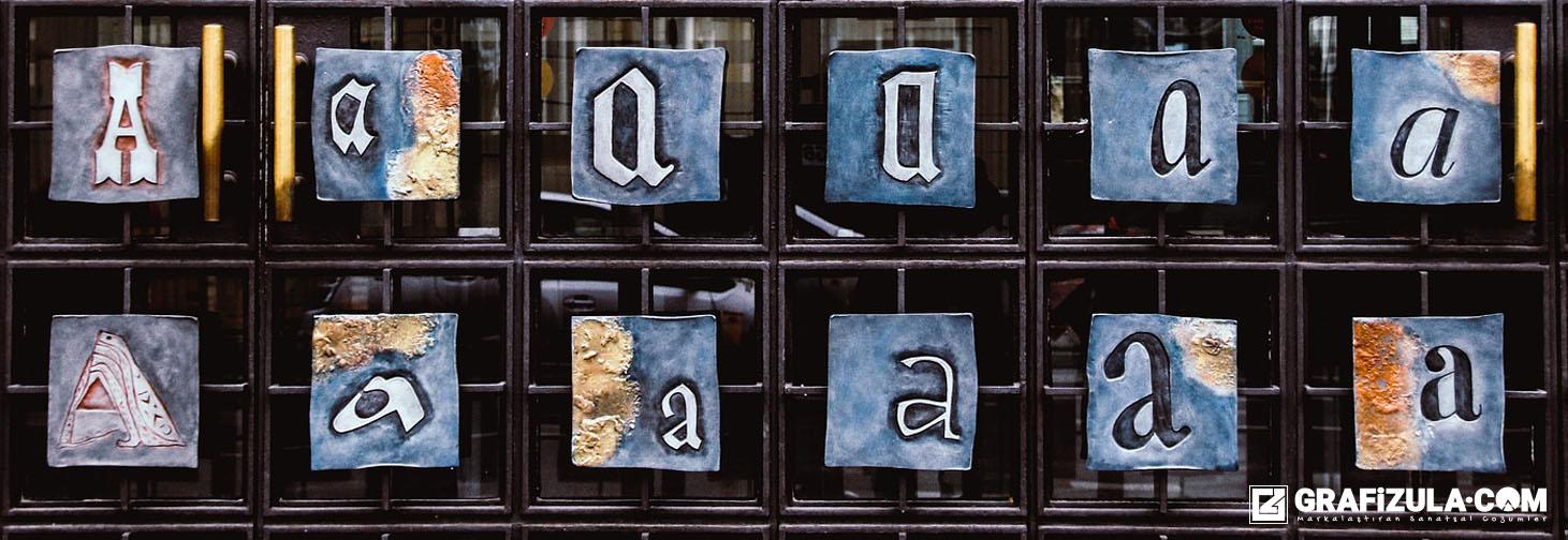 Ambalaj tasarımında tipografinin önemi nedir? Ambalaj tasarımında tipografi nasıl kullanılır? Hedef kitle tipografi kullanımını nasıl etkiler?